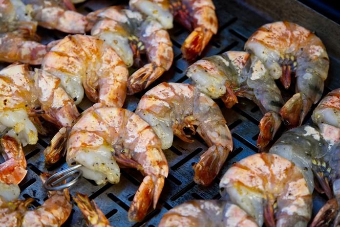 Pabodo grilyje kepta mėsa? Išbandykite jūros gėrybes