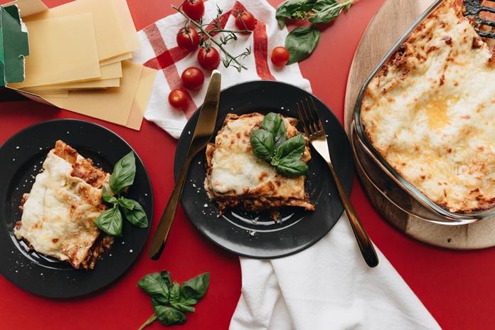 Ne taip sudėtinga, kaip gali atrodyti: lazanijos receptas, kuris Italiją perkels ant jūsų stalo